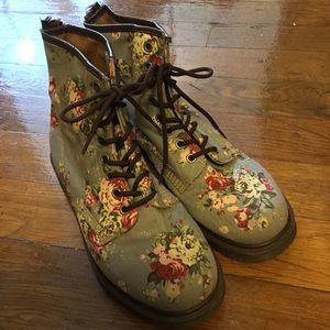 Dr. Marten Blue Victorian Floral Castel Boots 10